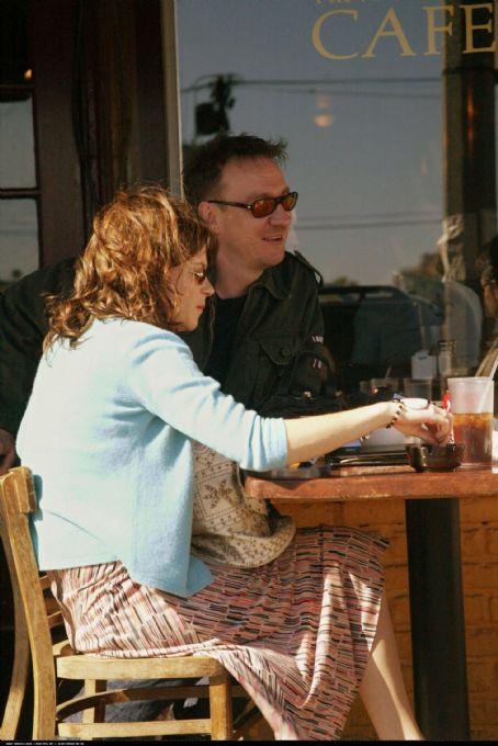 Anna Friel  and David Thewlis