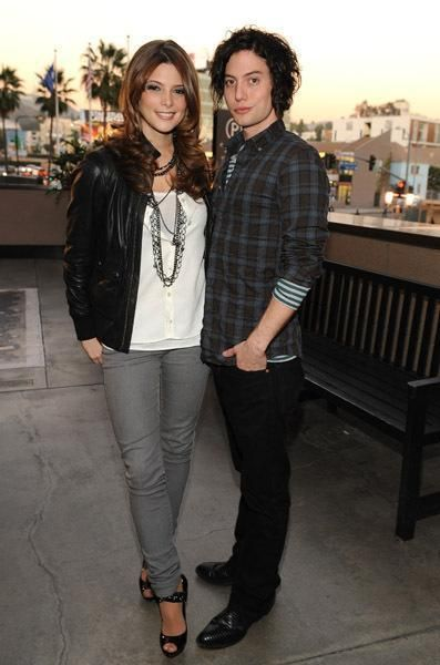 Jackson Rathbone and A...