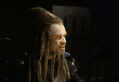 Battlefield Earth: A Saga of the Year 3000 John Travolta as Terl in Warner Brothers' Battlefield Earth - 2000
