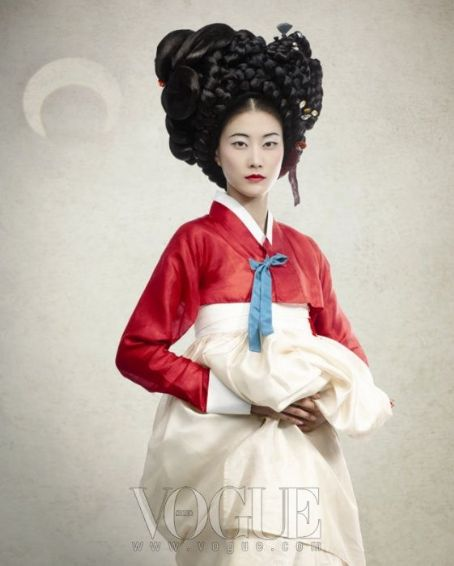 Han Hye-jin  - Vogue Magazine Pictorial [Korea, North] (August 2011)