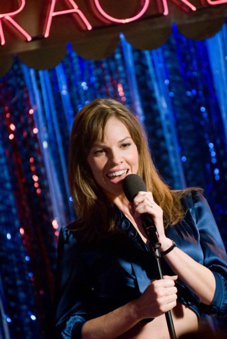 "P.S. I Love You HILARY SWANK stars as Holly Kennedy in Alcon Entertainment's romantic comedy "","" distributed by Warner Bros. Pictures. The film also stars Gerard Butler. Photo by Phil Caruso. TM & © 2007 Warner Bros. Entertainment Inc. Al"