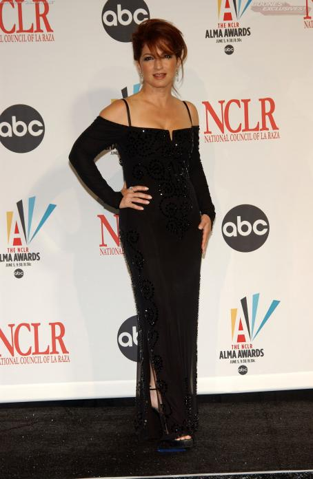 "Gloria Estefan - ""NCLA ALMA Awards"" (May 7, 2006)"