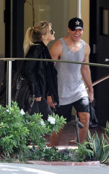 Julianne Hough and Dane Cook: Hotel Lovin'