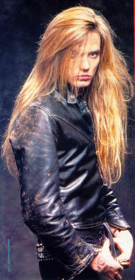 SEBASTIAN BACH CLEARED OF ASSAULT!