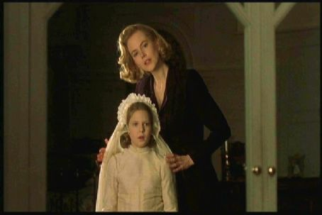 Alakina Mann Nicole Kidman and  in Warner Brothers' The Others - 2001