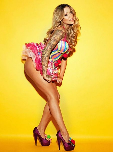 Arabella Drummond Hot Babes  Nuts Photoshoot January 2013