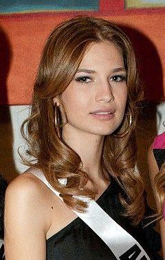 Xhesika Berberi 2014