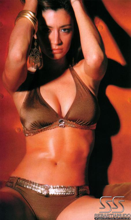 Carla Conte  - Gente Magazine November 29 2006