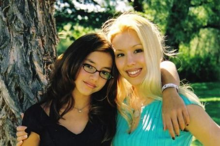 Angela Arias and Big Sister Jodi Arias