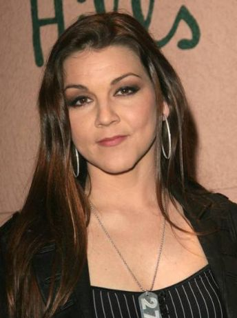 Country Singer Gretchen Wilson Passes GED, Will Take Part In High School Graduation