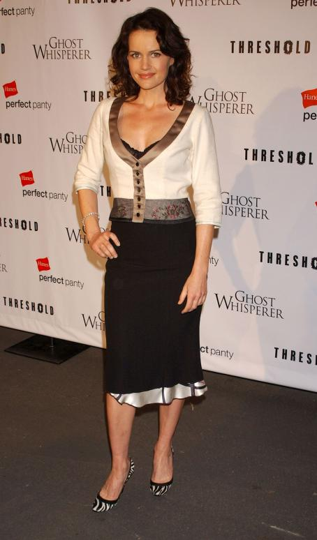 Carla Gugino - Threshold Premiere