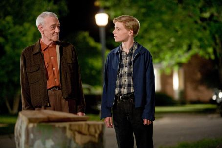 Flipped (L-r) JOHN MAHONEY as Chet Duncan and CALLAN McAULIFFE as Bryce Loski in Castle Rock Entertainment's coming-of-age romantic comedy 'FLIPPED,' a Warner Bros. Pictures release. Photo by Ben Glass