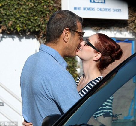 Jeff Goldblum and Lydia Hearst