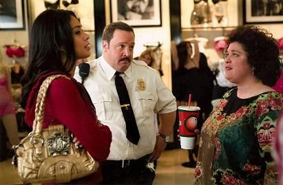 Maria Arcé Maria Arce, Kevin James, Mall Cop Movie