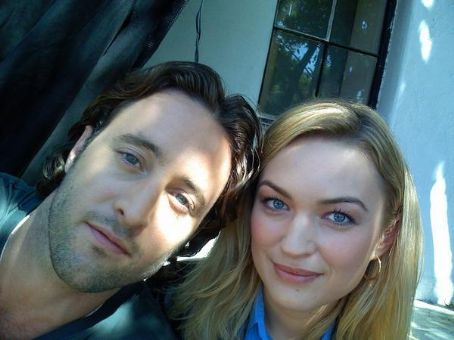 Moonlight Alex O'Loughlin and Sophia Myles