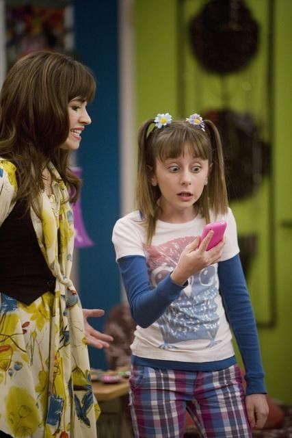 Allisyn Ashley Arm Allisyn Arm