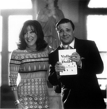 Jacqueline Susann Bette Midler as  and Nathan Lane as her husband and manager Irving Mansfield in Universal's Isn't She Great - 1/2000
