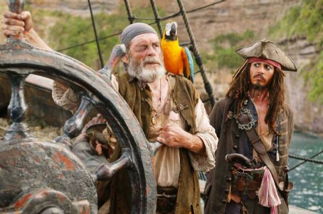 Jack Sparrow Cotton (David Bailie) and Jack (Johnny Depp) in Gore Verbinski adventures' Pirates of the Caribbean: At World's End
