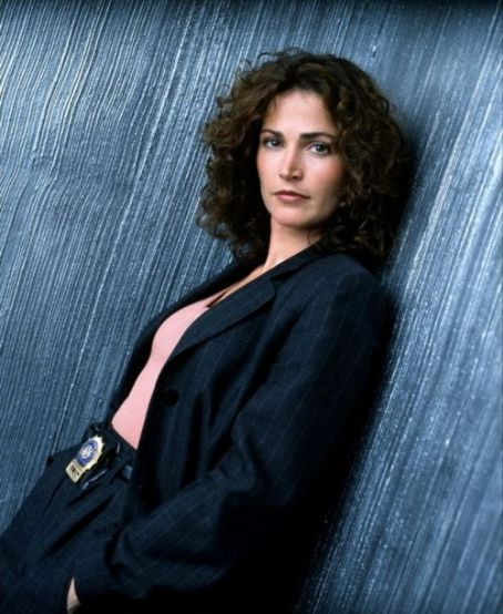 NYPD Blue Kim Delaney as Det. Diane Russell in