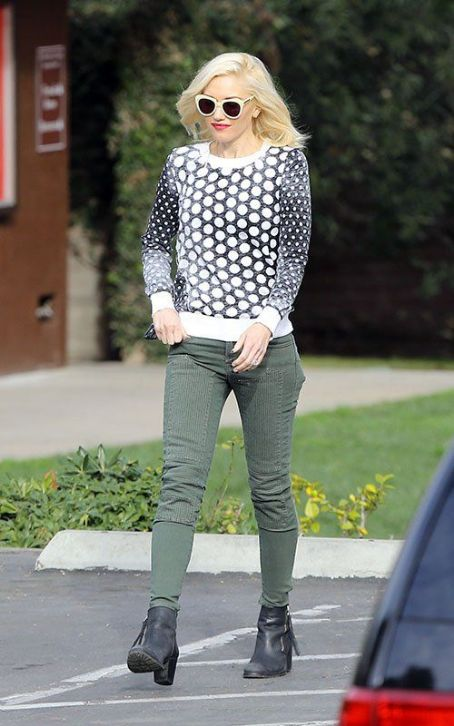 Gwen Stefani dropped Zuma off at school in Los Angeles on Wednesday (January 23)