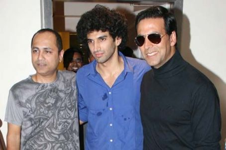 Aditya Roy Kapoor DJ Night with Akshay Kumar at Polly Esther's