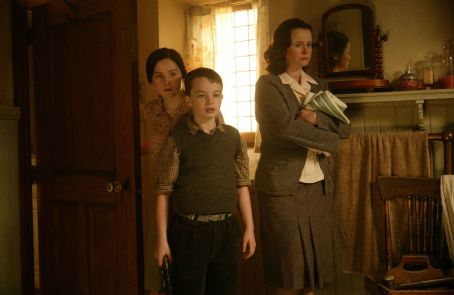 Emily Watson as Anne MacMorrow, Alex Etel as Angus and Priyanka Xi as Kirstie MacMorrow in Columbia Pictures' The Water Horse: Legend of the Deep.