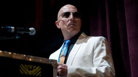 Watch Maynard James Keenan Practice MMA Drills in Luchador Ring