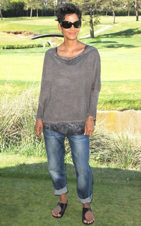 Halle Berry Hosts 4th Annual Celebrity Golf Classic