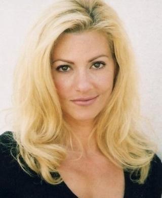 Stella Farentino