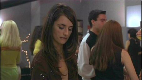 Sofia Serrano - Penelope Cruz as Sofia in drama movie Open Your Eyes - 1997 distributed by Artisan Entertainment