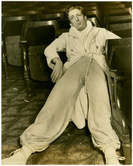 "Ray Bolger Takes A Break From Rehersals Of The Musical ""By Jupitor"""