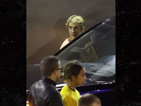 Justin Bieber, Selena Gomez Spend Saturday at Hillsong Church