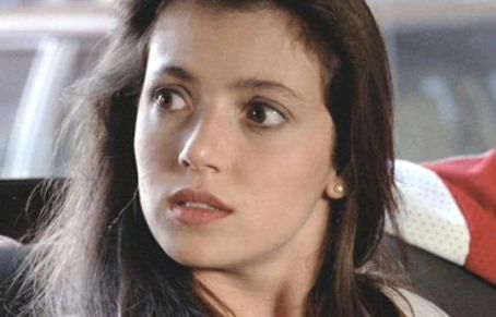 Mia Sara  in Ferris Bueller's Day Off (1986)