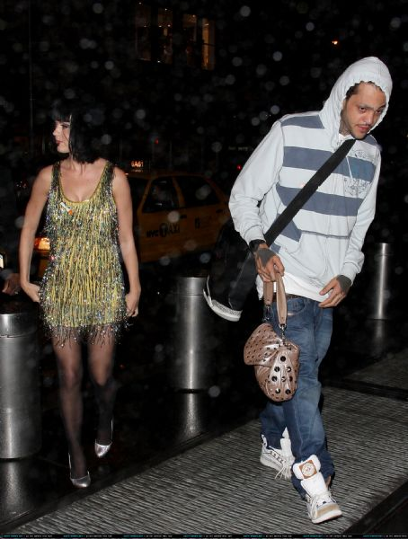 Travie McCoy - Travis McCoy and Katy Perry