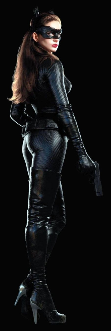 Anne Hathaway as Selina Kyle/Catwoman in The Dark Knight Rises (2012)
