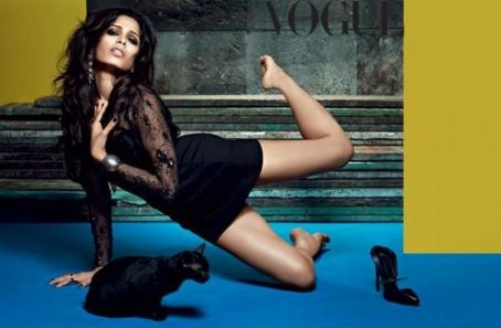Freida Pinto - Vogue Magazine Pictorial [India] (October 2013)