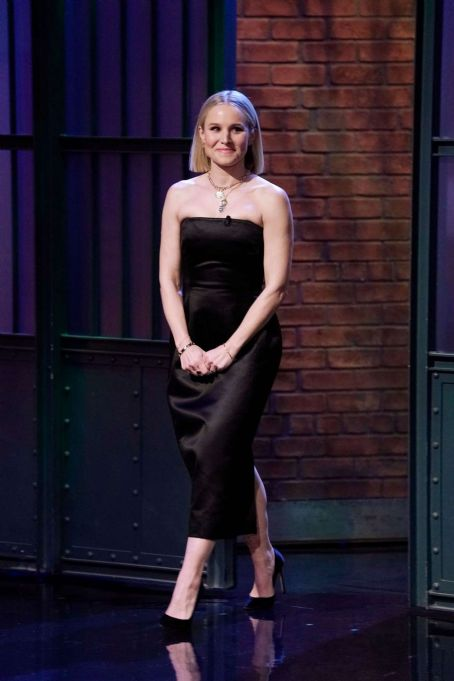 Kristen Bell – On 'Late Night with Seth Meyers' in New York City