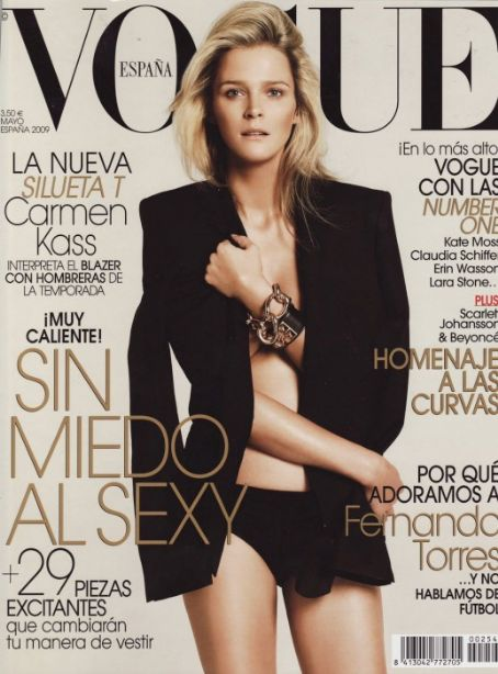 Carmen Kass - Vogue Magazine [Spain] (May 2009)