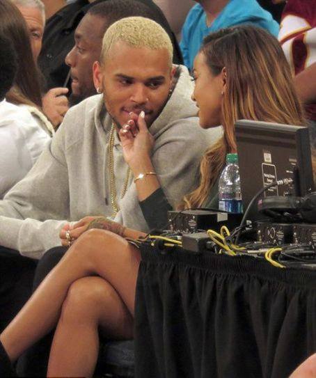 "Chris Brown & Karrueche Get CUTESY Courtside At Team USA's Basketball Game  + Lauryn Hill RELEASES Michael Brown Tribute, ""Black Rage"""