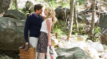 Eric Winter as Colin and Katherine Heigl as Abby in Columbia Pictures' The Ugly Truth.