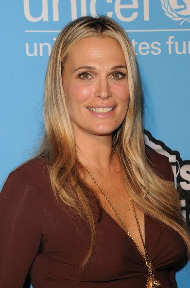 Molly Sims and Kristen Bell attend UNICEF Playlist With The A-List at El Rey Theatre on March 15, 2012 in Los Angeles