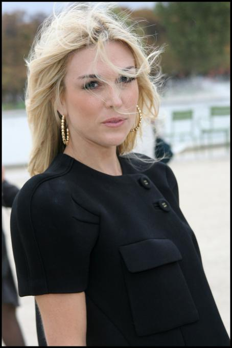 Tinsley Mortimer  - Paris Fashion Week - October 1, 2008