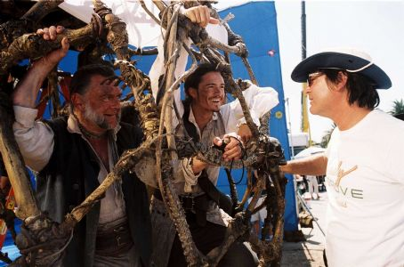 Kevin McNally , Orlando Bloom and director Gore Verbinski on the set of Walt Disney Pictures' Pirates of the Caribbean: Dead Man's Chest - 2006