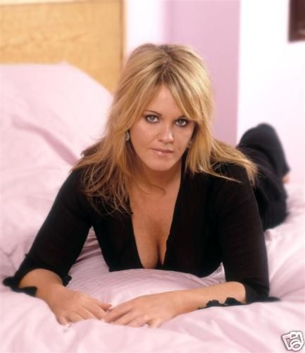 Popular TV actress SALLY LINDSAY to star in Dick Whittington at ...