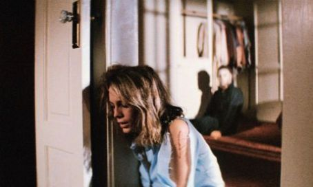 Halloween Jamie Lee Curtis as Lauren Strode and Tony Moran as Michael Myers in  (1978)