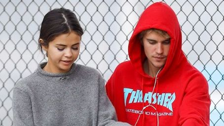 Selena Gomez Even Happier With Justin Bieber Than The Weeknd — Everything Is Right Again