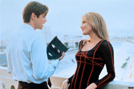 The Mask Cameron Diaz As Tina Carlyle And Jim Carrey As Stanley Ipkiss In