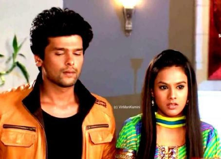 Nia Sharma - Virat and Manvi aka Virman in Ek Hazaaron Mein Meri Behna Hai Captures