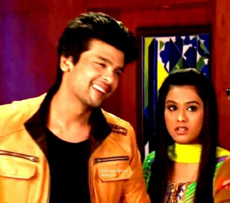 Kushal Tandon and Nia Sharma Virat and Manvi aka Virman in Ek Hazaaron Mein Meri Behna Hai Pic captures