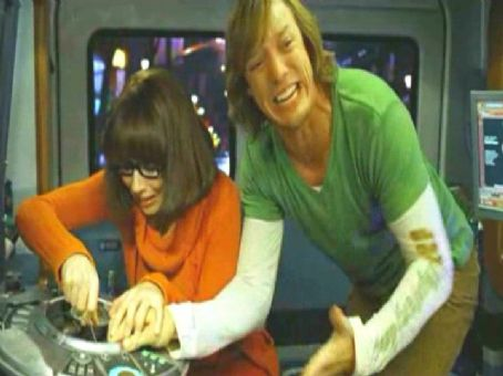 Velma Linda Cardellini and Matthew Lillard plays Shaggy in Warner Bros' Scooby-Doo 2: Monsters Unleashed - 2004